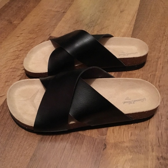 3acd4f7de Universal Thread Shoes | Sandals | Poshmark